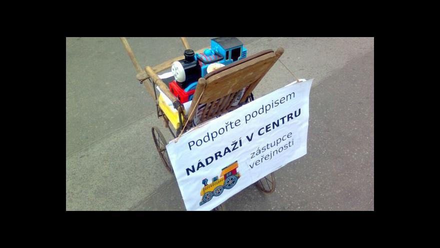 Video Petice za referendum o nádraží v Brně