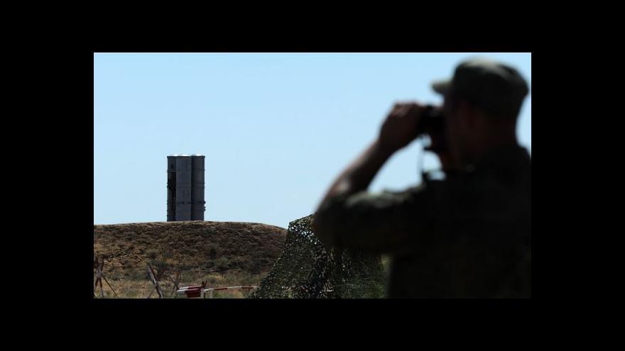 Video Lavrov vyloučil vojenskou intervenci na Ukrajině