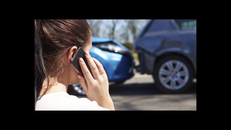 Video Češi za volantem: Méně bodů, nehod ale neubývá