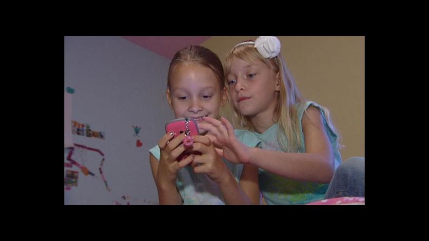 Video Čím dál častěji bývá impulzem k pořízení telefonu nástup do první třídy