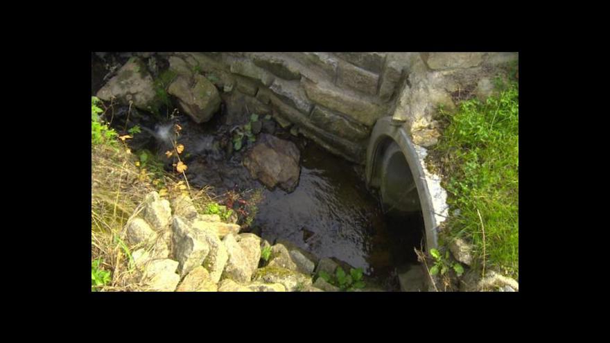 Video Lidé z Řásné si stěžují na postup obecního úřadu při velké vodě