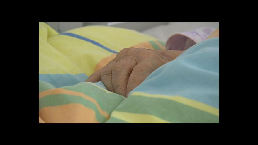 Video Sestra zřejmě pomáhala ukončit život, čelí obvinění z vraždy