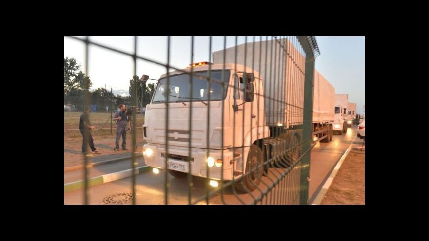Video První kamiony čekají na přechodu s Ukrajinou