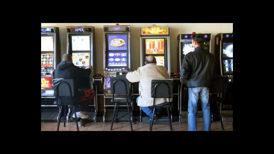 Video Ministerstvo chce vyhnat hazard z restaurací i benzinek