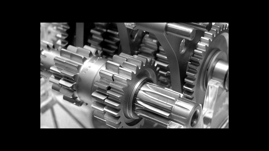 Video Prouza: Strojírenské firmy pocítí první dopady za půl roku, za rok