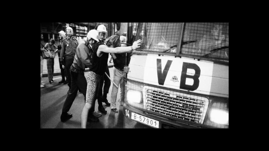 Video Historik: Klidný průběh srpnového výročí režim ukolébal