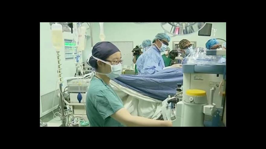 Video Čínské zdravotnictví je zamořeno násilím