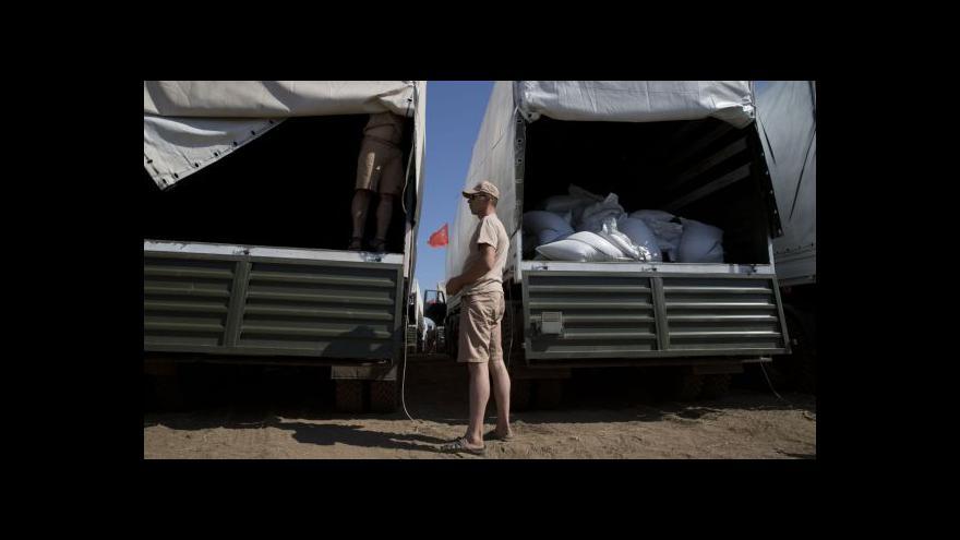 Video Hlášeny přejezdy vozidel přes hranice - Rusko to odmítá
