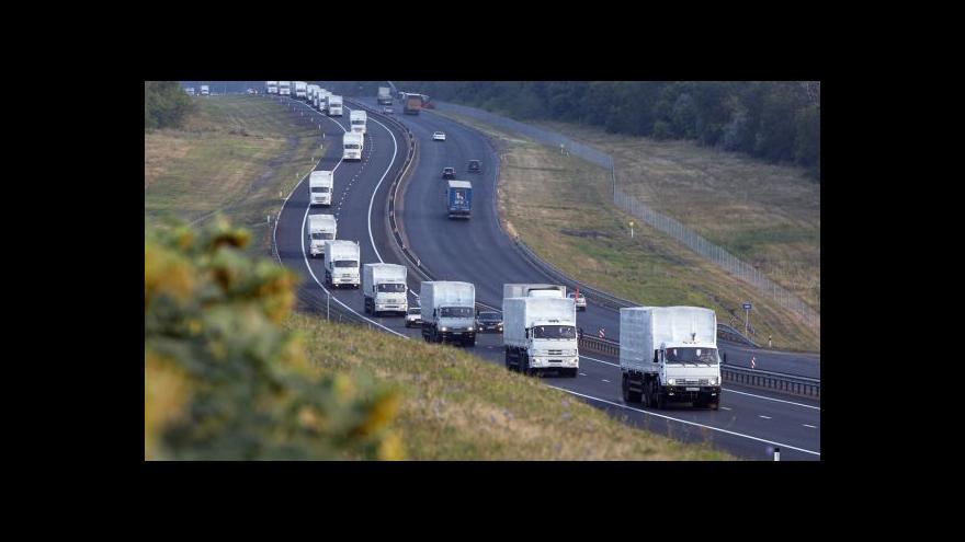 Video Ruský konvoj má dojet na hranici s Ukrajinou