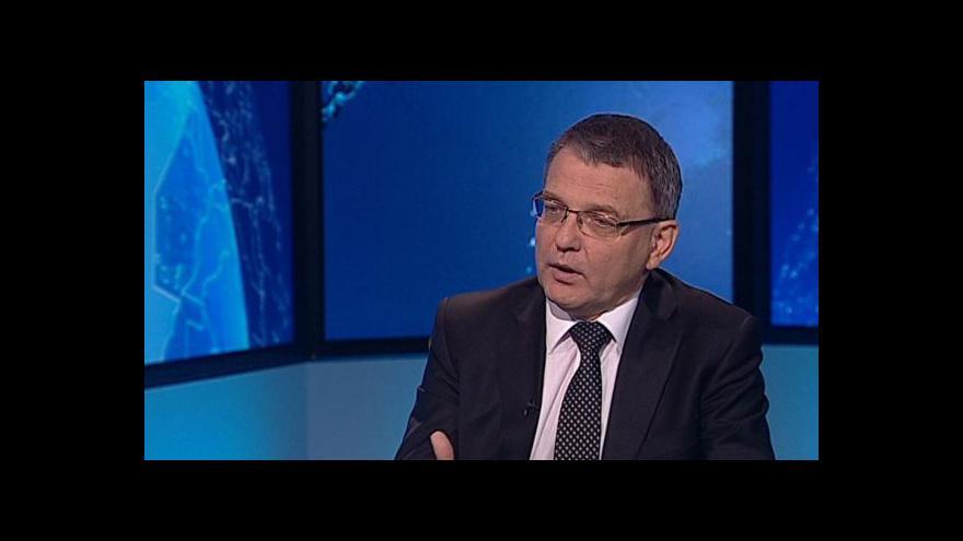 Video Zaorálek: Zvažujeme i jiné formy pomoci včetně dodávky zbraní