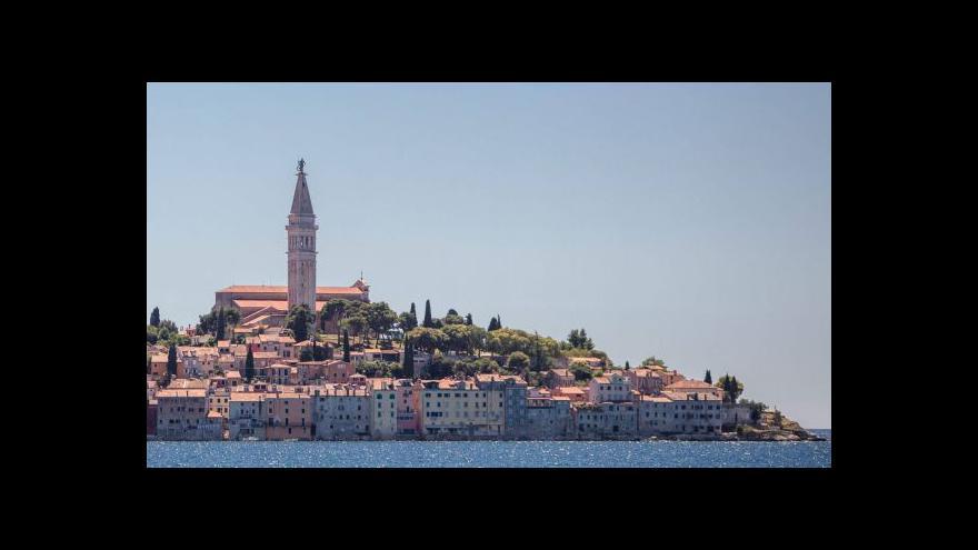 Video Letní teploty přilákaly na Istrii zpátky turisty