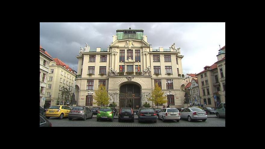 Video Na pražském magistrátu zasahovali detektivové z ÚOOZ
