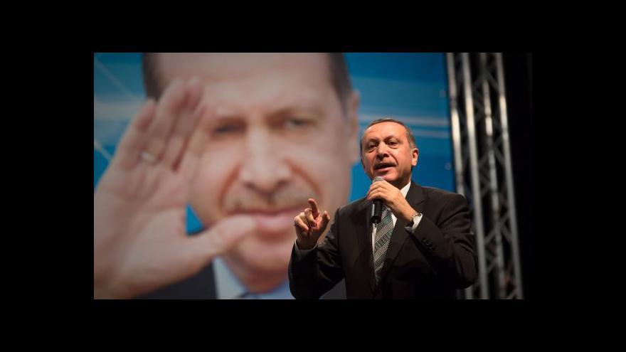 Video Erdogan: Z premiérského do prezidentského křesla