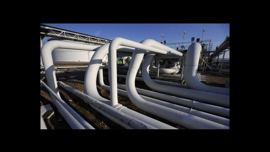 Video Čeští politici sčítají škody, Ukrajina vyhrožuje zastavením plynu