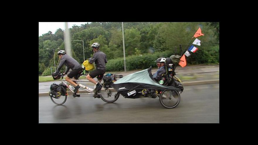 Video Na cestu kolem světa s roztroušenou sklerózou