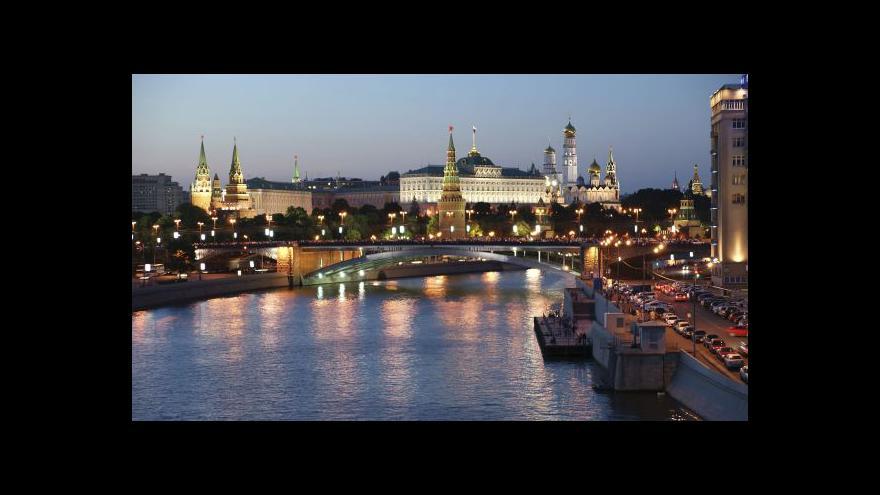 Video Karas: Rusové se nedostatku potravin neobávají