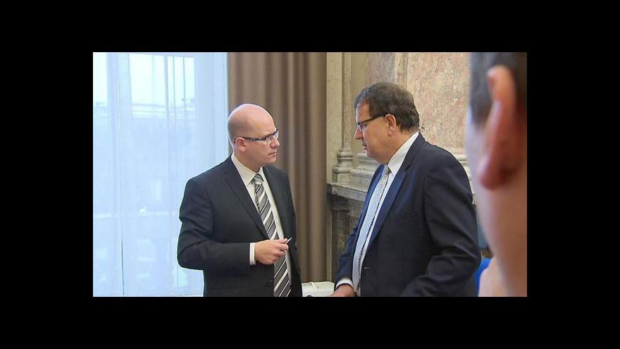 Video Vláda zavelela k dalšímu tažení za evropskými dotacemi