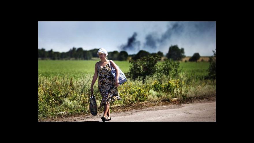 Video Ukrajina otevře humanitární koridory pro civilisty