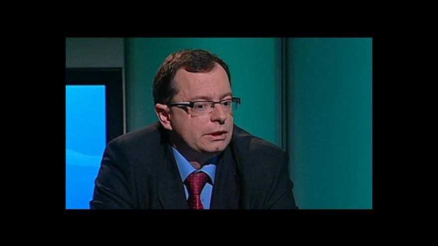 Video Historik Jaroslav Šebek: Politici by měli víc studovat dějiny