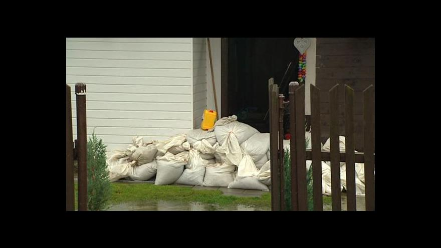 Video UDÁLOSTI: Bouřky trápí republiku už několik dní