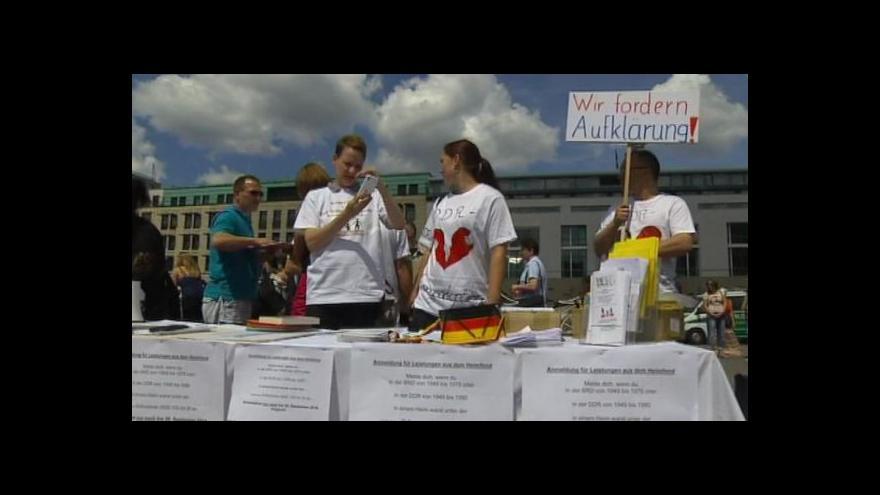 Video Nucené adopce dětí v NDR
