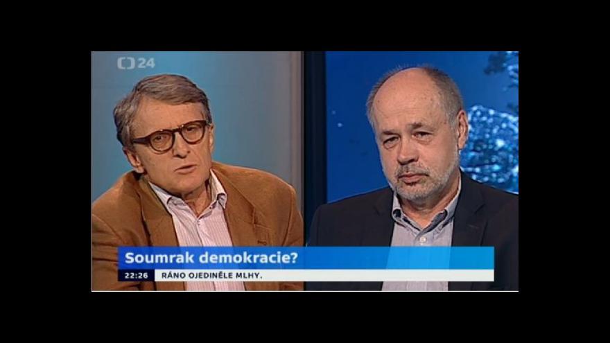 "Video Jiří Pehe a Petr Robejšek hodnotí ""nový projekt"" Maďarska"