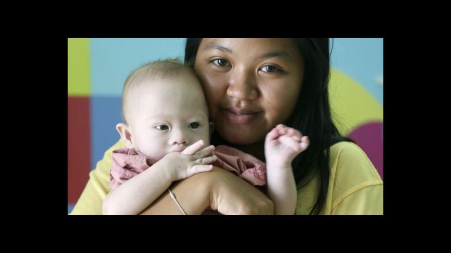 Video Příběh Gammyho rozpoutal debatu o službách náhradních matek