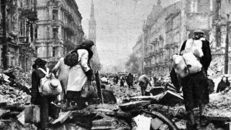 Video Historické záběry z Varšavského povstání v roce 1944