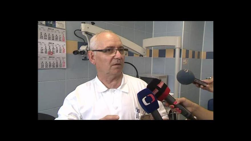 Video Kochleární implantát popisuje lékař Ivo Šlapák