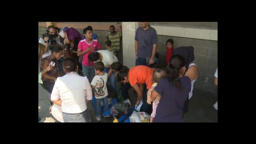 Video Obama pohrozil deportací dětských uprchlíků
