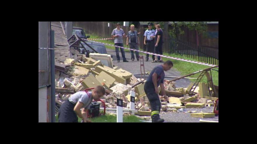 Video Výbuch plynu zničil dům a zranil sedm lidí