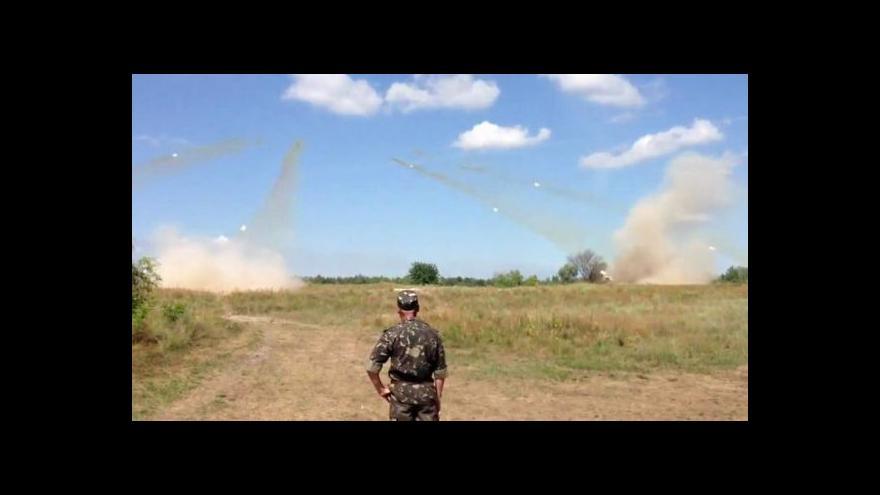 Video V bojích na východě Ukrajiny zemřelo už 325 vojáků