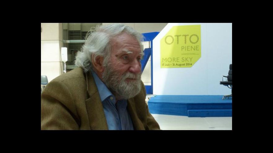 Video Otto Piene vystavuje v Berlíně světlo
