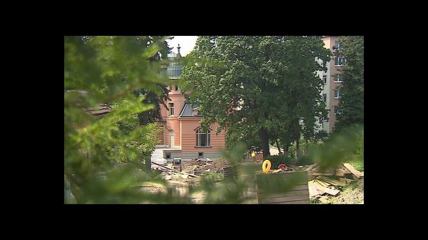 Video O opravě Löw-Beerovy vily hovoří mluvčí kraje Denisa Kapitančiková