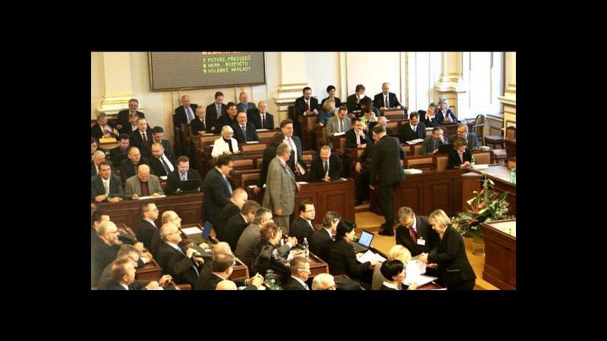 Video Hlasování o daních se koalici tentokrát zdařilo