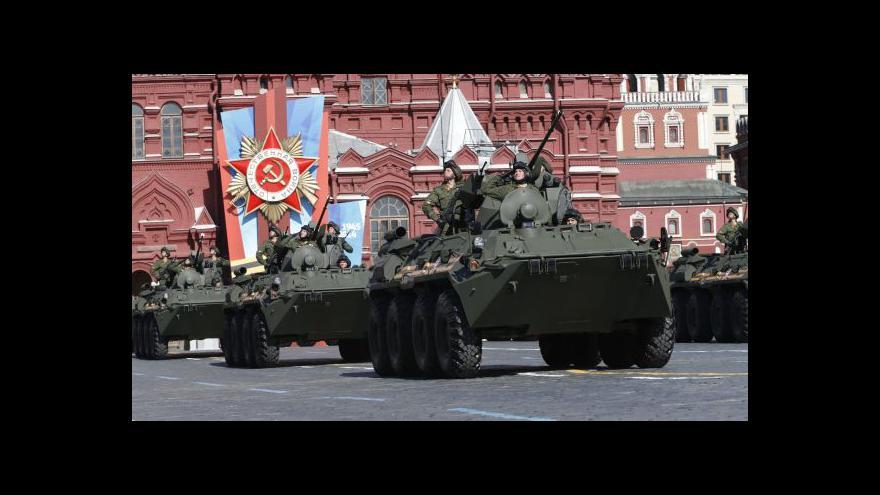 Video Hynek: Zákaz vývozu zbraní z EU Rusové prakticky nepocítí