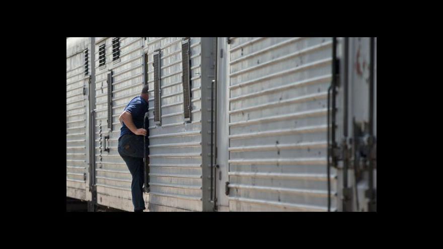 Video Ve středu by mělo z Ukrajiny odletět 50 těl