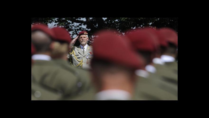 Video Nominaci Pavla posvětila vláda i prezident