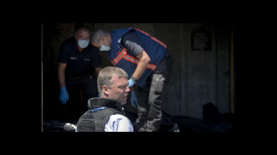 Video K troskám letadla dorazili zahraniční vyšetřovatelé