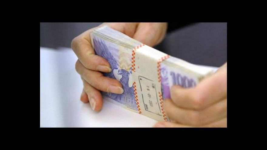 Video Vláda bude rozhodovat o zvýšení platů ústavních činitelů