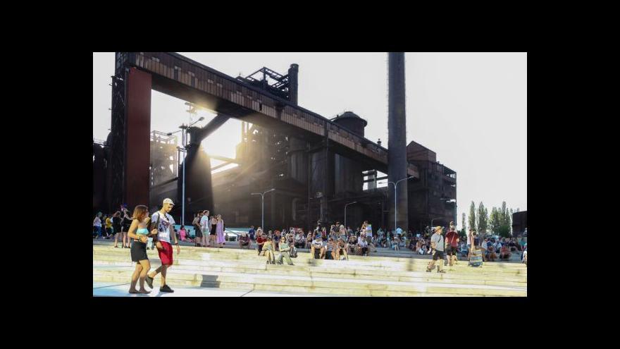 Video Colours of Ostrava končí. Přišlo rekordních 40 tisíc lidí