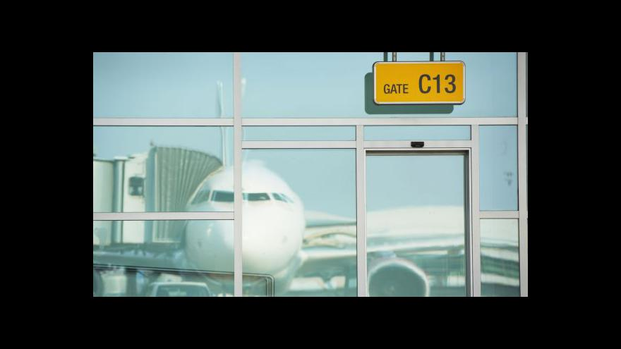 Video Na Ruzyni roste počet zadržených pašeráků