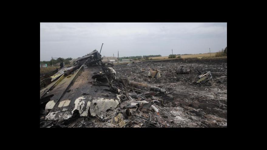 Video Události: Západ hledá viníky pádu letadla