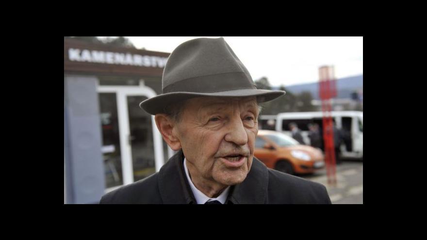 Video Historik Blažek: Jakešův projev přispěl k pádu režimu