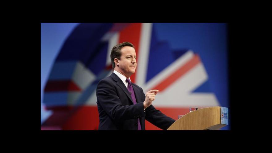 Video Cameron obměnil řadu ministrů, včetně Haguea