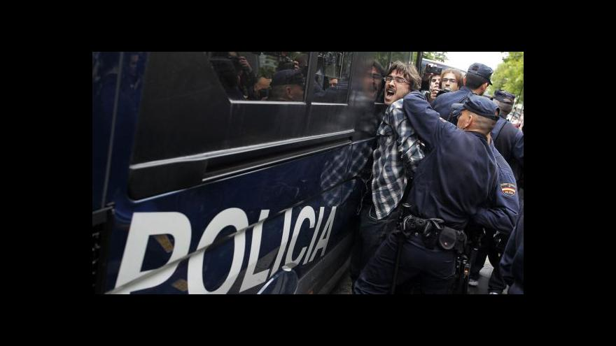 Video Ľubica Zlochová: Zásahy policie byly často brutální