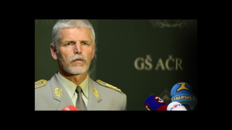 Video Náčelník generálního štábu: Je s podivem, že voják výbuch přežil