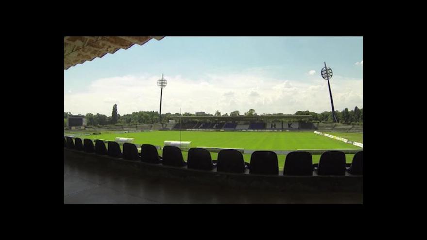 Video Otazníky nad novým hradeckým stadionem