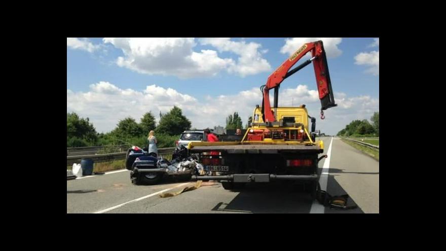 Video No comment: Nehoda na dálnici D1