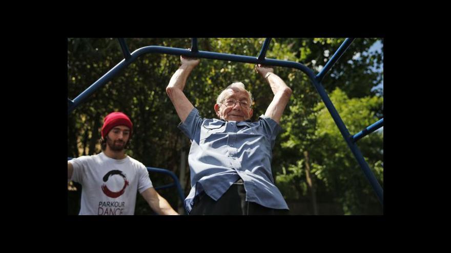 Video V Londýně otevřeli kurz parkouru pro seniory